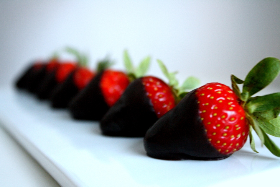 Dark Chocolate Strawberries 2